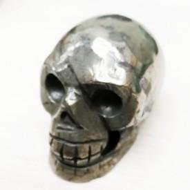 PYRITE - surprenant Crâne...